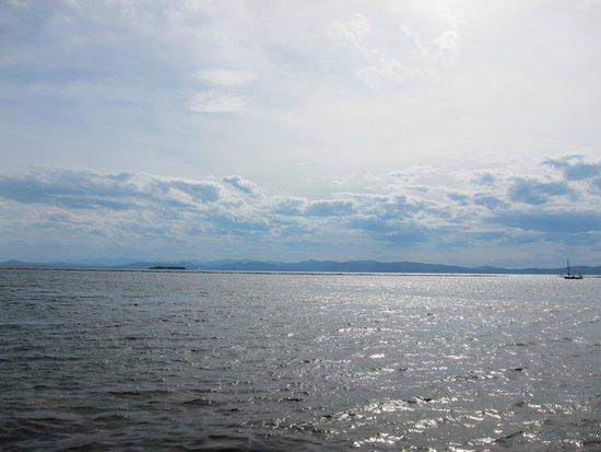 Waterfront Park : Lake Champlain