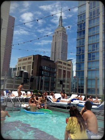 Gansevoort Park Avenue NYC: view from the pool
