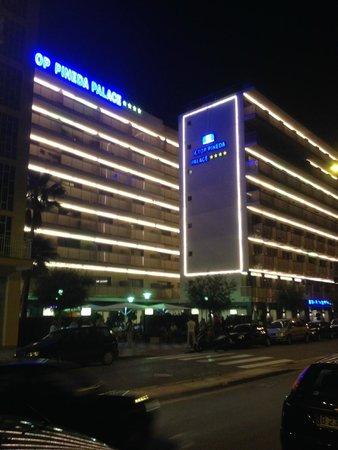 H·TOP Pineda Palace: Hôtel de nuit