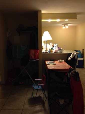 Blue Marlin Motel : Little closet area, if u need the rack, bring hangers. One desk chair in room and patio chairs o