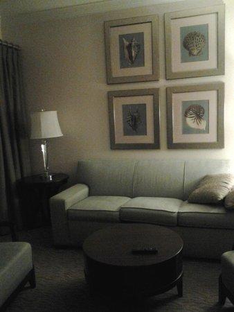 Sheraton Vistana Resort - Lake Buena Vista : Sleeper sofa in living room with plasma tv and BOSE sound