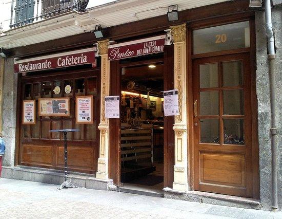 Restaurante Cafetería Pentxo: Fachada exterior