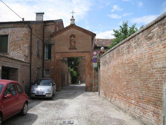Monastero di Sant'Antonio in Polesine : Entrance to Monastery