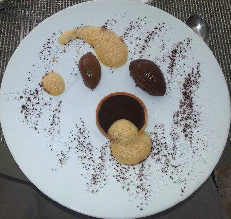 Villa Augusta : Mousse au chocolat in 3 versch. Varianten