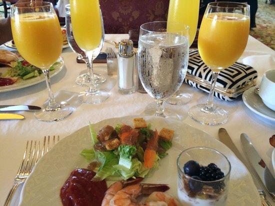 Four Seasons Hotel Westlake Village : Amazing brunch at The Hamptons