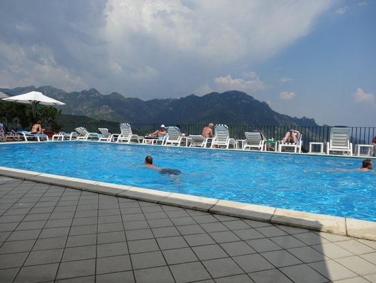 Graal Hotel Ravello: Pool Jne 2014