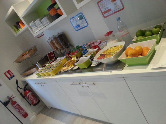 Ibis Styles Cannes le Cannet : The breakfast
