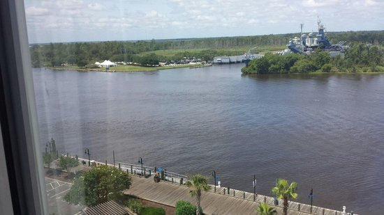 Hilton Wilmington Riverside: Battleship from our room
