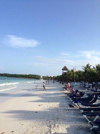 Grand Palladium Kantenah Resort and Spa : playa