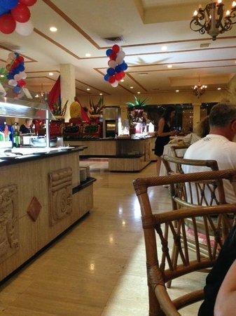 Grand Palladium Kantenah Resort and Spa : restaurante