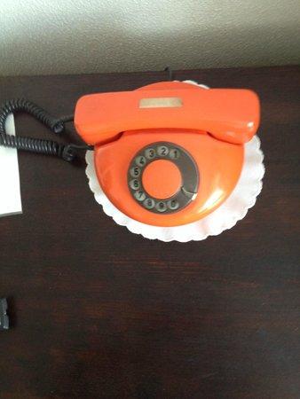 Hotel Detva: Vintage telephone apparate in my room