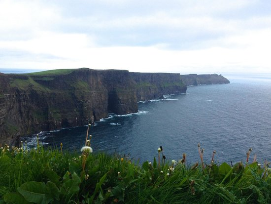 Doll's Cottage Bed & Breakfast: Cliffs of Moher