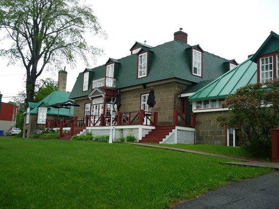 Vue d 39 ensemble foto di la maison william wakeham gaspe for Auberge maison wakeham