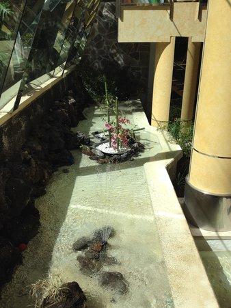 Fanabe Costa Sur Hotel: Inside hotel