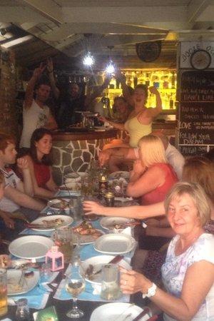 Papadakis Villas : BBQ night