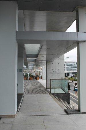 Hotel Marina Atlantico: outside main entrance