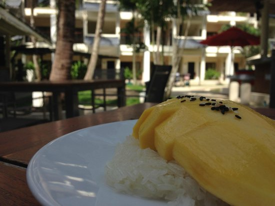 Swissotel Resort Phuket Kamala Beach: Mango Sticky Rice