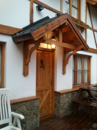 Aldea Misonet: Entrada a la cabaña
