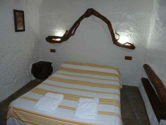 Cuevas La Atalaya: Dormitorio de la cueva
