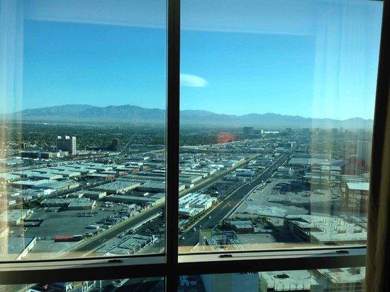 Trump International Hotel Las Vegas: View from 50th floor deluxe room