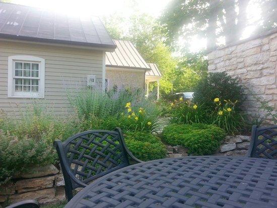 The Inn at Hermannhof: Teresa,'s Garden