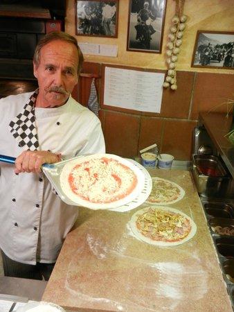 Daxer Pizzeria-Gasthof: Der Weg in den Ofen