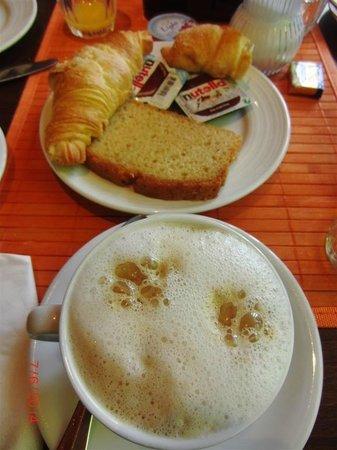 Central Hotel-Apart: Desayuno