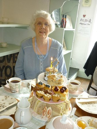 Heydon Village Tea Shop: Mum with her birthday scone!