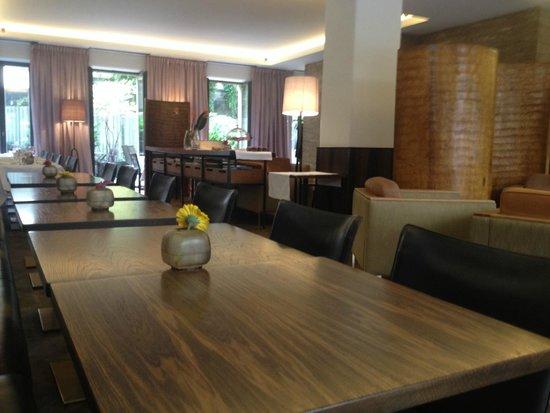 CORTIINA Hotel: Bar / Frühstücksbereich