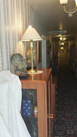 Wentworth House: Hallway