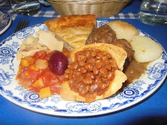 Aux Anciens Canadiens : Grand mere's meatpie, meatball ragout, beans, potatoes