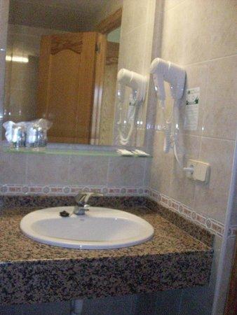 Hotel San Carlos : salle de bain