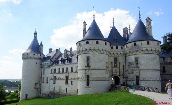 Domaine de Chaumont-sur-Loire : Le château s'élève majestueusement
