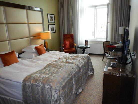 Hotel Kings Court : Zimmer
