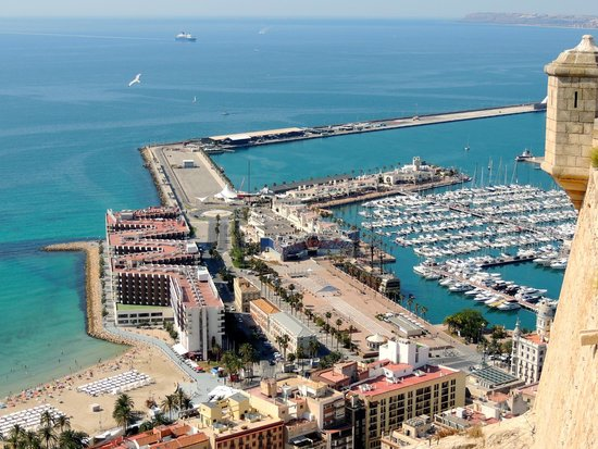 Melia Alicante: View from the castle of the Melia
