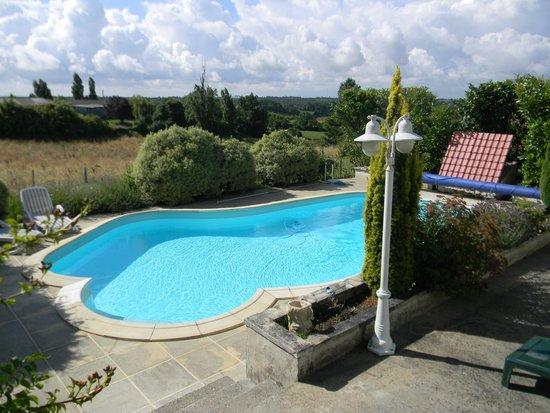 Soubran, فرنسا: domaine la fontaine