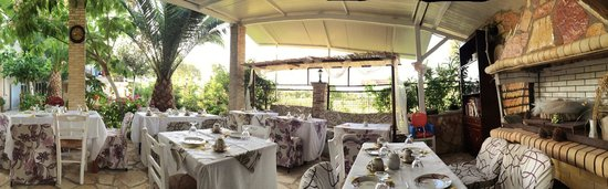 Villa Olga Lounge Hotel: Frühstücksbereich