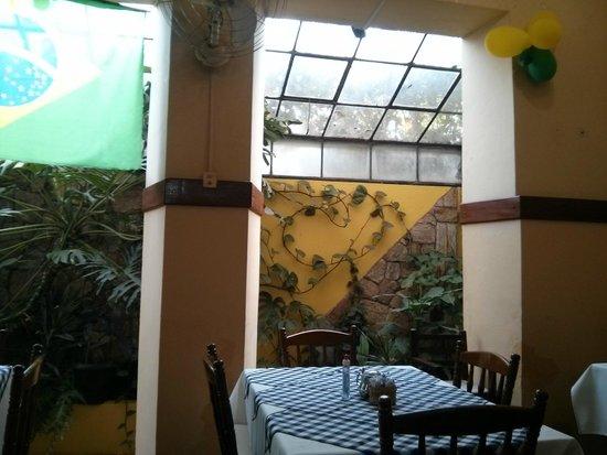 Hotel Caxambu: Vista interna