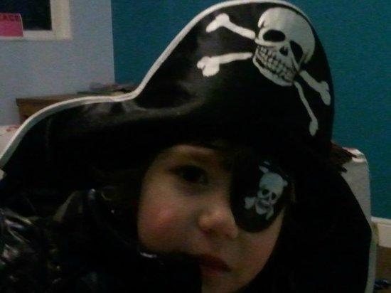 Explorers Hotel: Pirate boy
