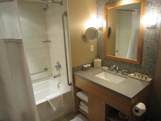 River Rock Casino Resort: bathroom 2