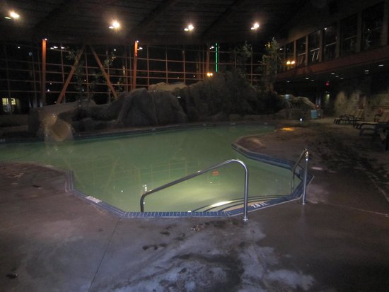 River Rock Casino Resort: nice pool & hot tub