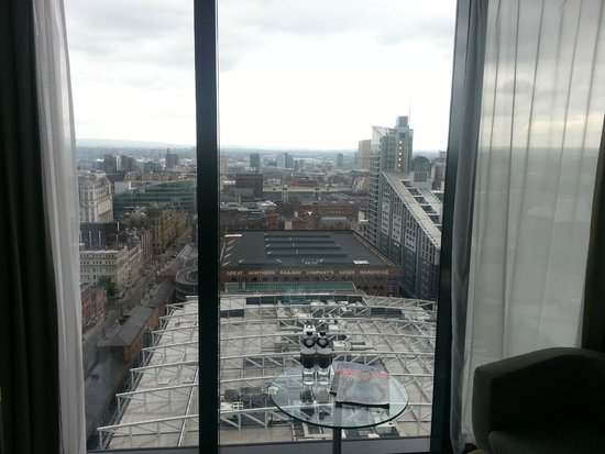 Hilton Manchester Deansgate: The view from the 20th floor