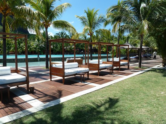 Dinarobin Beachcomber Golf Resort & Spa: Mobilier