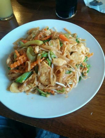 Wrestlers Pub: Yummy padthai