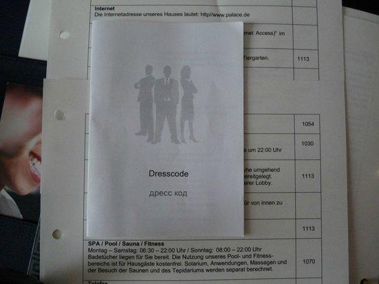 Hotel Palace Berlin : Dresscode für Hotelgäste