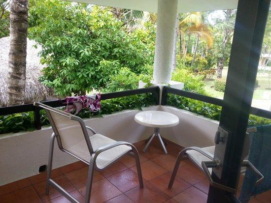 Bavaro Princess All Suites Resort, Spa & Casino: Porch