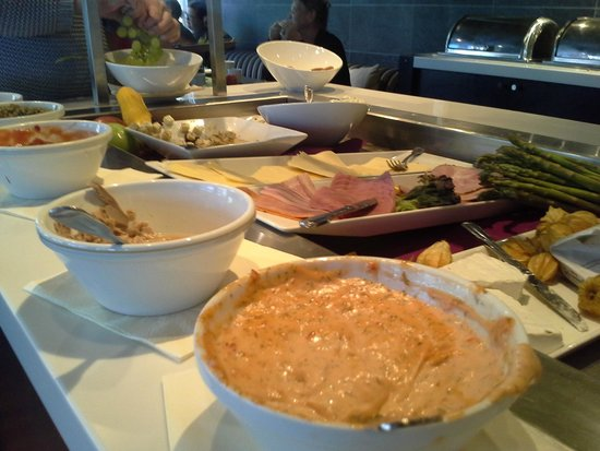 Clarion Collection Hotel With: Breakfast Buffet