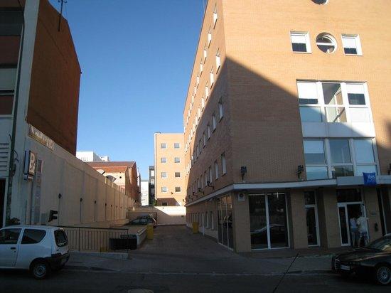 Ibis budget Madrid Calle Alcala: Entrance