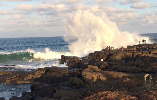 The Estuary Hotel & Spa: Splash Rock - great fishing spot near hotel
