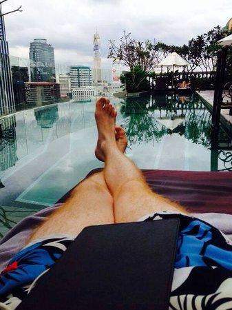 Hotel Muse Bangkok Langsuan - MGallery Collection : Rooftop pool